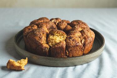 לחם קופים בטטה סתווי של מיכל חביביאן. צילום: שני בריל