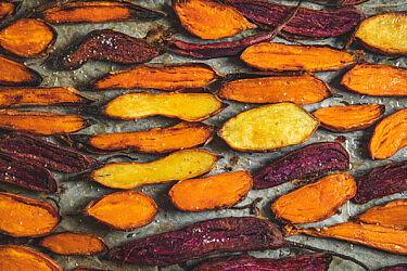 בטטה מושלמת בתנור של מיכל חביביאן. צילום: שני בריל