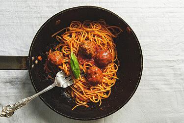ספגטי מיטבולס של שף יוגב ירוס. צילום: שני בריל